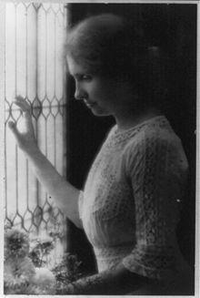 Helen-Keller-c1912